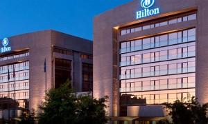 Hotel Hilton Madrid y Serie Arq de Gala