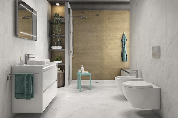 Pavimento antideslizante en ducha para mayores